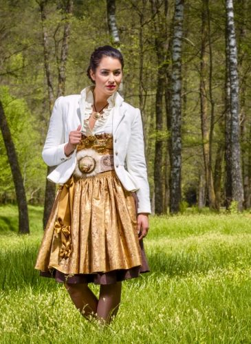 ko-zauber-dirndl-couture-alula-5