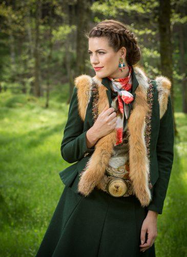 ko-zauber-dirndl-couture-bockschuss-4